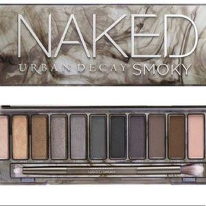 Urban decay naked smoky palette